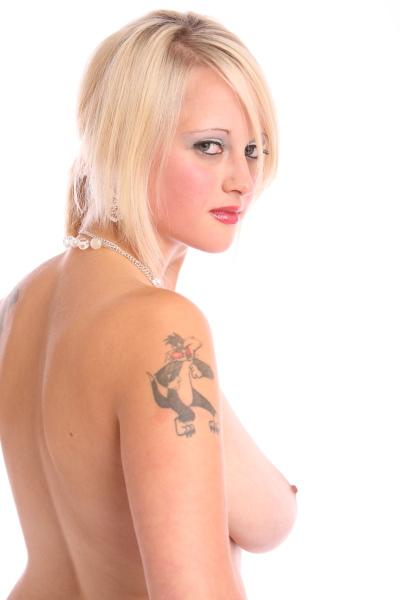 big boob models photo gallery topless natural big breast